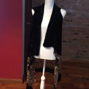 Other - Floral velvet vest new for women size large/XL